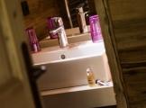 Room3_bathroom